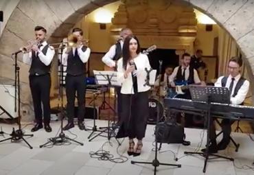 Musica d'ascolto – Metamorphosis Wedding Band